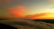 photo paysages aube drome : Nuages illuminés par l'aube