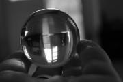 photo abstrait boule cristale ,a l envers : Monde à l'envers