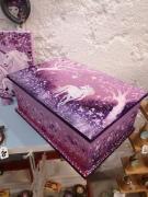 bois marqueterie animaux boite ,a secret boit vernie rose et parm interieur peint acrylique sur bois : coffret peint Féérie des licornes