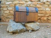 bois marqueterie abstrait coffre noyer ferrures : coffre