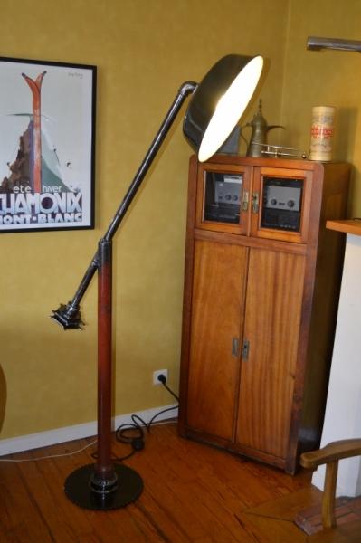 DéCO, DESIGN LAMPADAIRE LUMINAIRE INDUSTRIEL LAMPE  - DUR SOUD Réf. AK140509