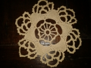 art textile mode napperon crochet ecru : Petit napperon fait main au crochet