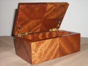 bois marqueterie autres coffret bijoux boites noble : Coffret ELFE Sapelli Moiré.