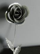 sculpture fleurs rose zinc metal artiste : rose
