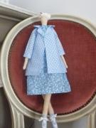 artisanat dart personnages tilda fait main poupee bleu : Poupée Tilda manteau, robe et botte  bleu