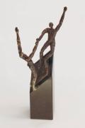 sculpture personnages : joined effort