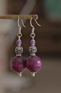 Boucles d'oreilles argentées perles hêtre et métal