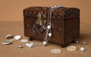 bois marqueterie faite main boites en bois ,a bij accessoires bois sculptee : La boite en bois à motif houtsoule