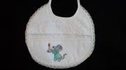 """art textile mode animaux souris bavoir broderie point de cr : """"bonne nuit mon petit..."""""""