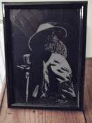 ceramique verre personnages gravure sur verre bichromie scene chanteur : Michael