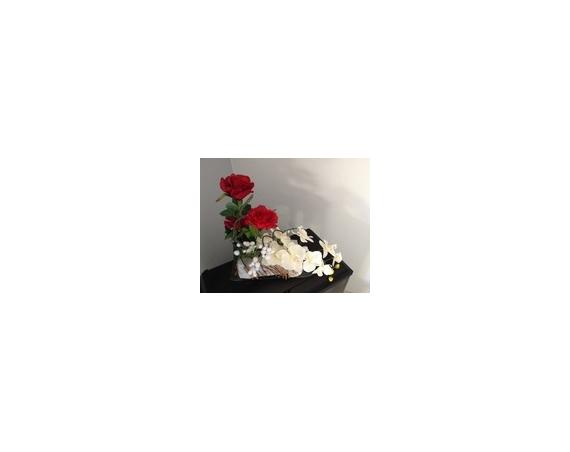 ARTISANAT D'ART fleurs fleurs artificielles fleurs naturelles Fleurs  - Le superbe traîneau du Père-Noël fleuri et décoré