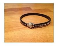 Bracelet cuir, strass avec joli fermoir magnétique strass