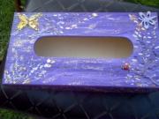 bois marqueterie nature morte boite ,a mouchoirs bois violet : boite a mouchoirs