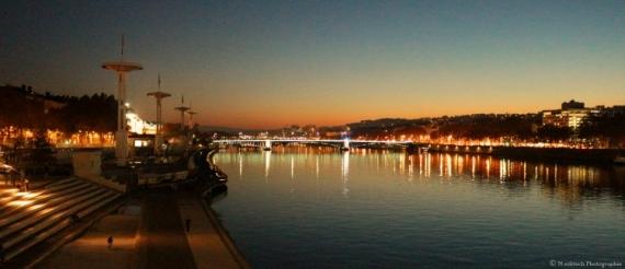 PHOTO Lyon Fleuve Rhône nuit Villes  - Lyon | Le Rhône