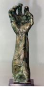 sculpture savoie chautagne raisin vin : ma main