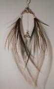 bijoux abstrait earring boucle d oreill feather plume : boucle d'oreille unique en pierre fine et plumes