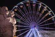 photo villes lumieres couleurs manege grande roue : Vers de nouveaux horizons