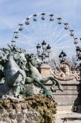 photo architecture grande roue monument tourisme fete foraine : Un public bien particulier