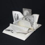 sculpture personnages agatha christie litterature lire : Hommage à Agatha Christie