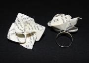 bijoux fleurs bague fleur origami pliage : Bague-Fleur... Indispensable.
