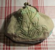 art textile mode fleurs pochette broderie : Pochette doublée brodée