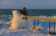 photo marine rocher de la vierge biarritz tempete pays basque : Rocher de la Vierge Biarritz