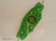 bijoux abstrait soie shibori bijou de createur manchette shibori silk : LA SHIBORI VERTE