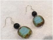 bijoux autres boucles d oreil perles de boheme turquoise tourmaline noire : BOUCLES D'OREILLES PERLE DE BOHEME