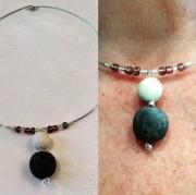 bijoux autres ras de cou porcelaine froide boule noire et blanche : RAS DE COU, PENDENTIF PERLE DE BOHEME