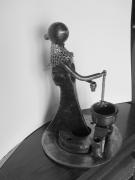 sculpture personnages sculpture personnage fer forge auvergne : La Fromagère