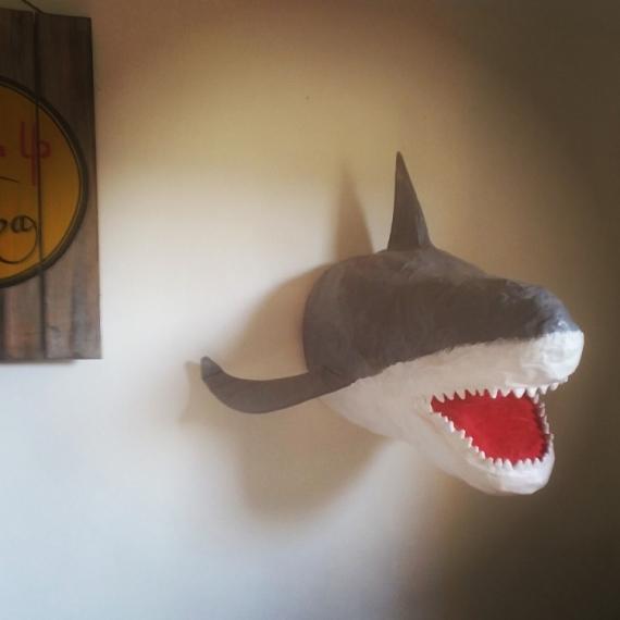 SCULPTURE Requin Animaux  - Requin