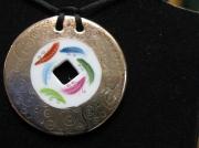 bijoux abstrait pendentif porcelaine fait main plume : pendentif platine à plumes