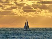 photo paysages bateau un coucher soleil paysages mer : Un coucher soleil à L'horizon