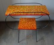 deco design fleurs table peinte fleurs : Table années 60