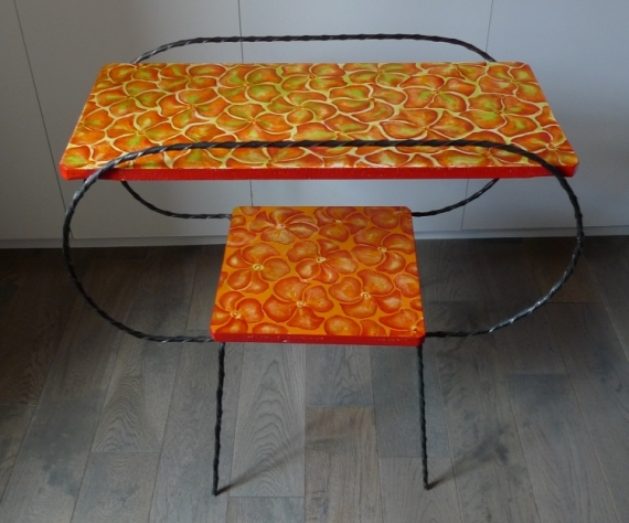 DéCO, DESIGN Table Peinte Fleurs Fleurs  - Table années 60