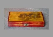 deco design fleurs : Petite boîte peinte