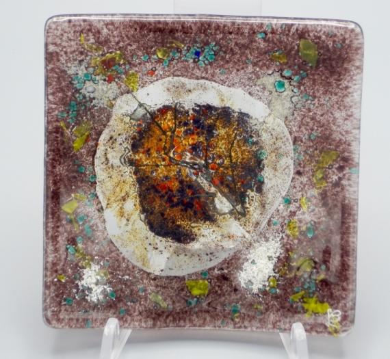 CéRAMIQUE, VERRE feuille art de table décoration motif végétal Fleurs  - assiette carrée violette