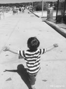 photo enfant cote d azur plage mariniere : Petit roi de la côte d'azur