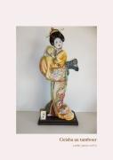 sculpture personnages japon tradition femme ambiance : GEISHA au tambour