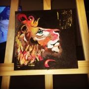 tableau animaux lion abstrait reveur fier : Fierté pensive