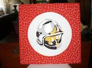 artisanat dart autres casque pompier table mosaique : Table basse plateau casque de pompier en mosaique faience