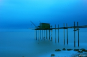 photo marine carrelets aube littoral pecheries : nuit bleue